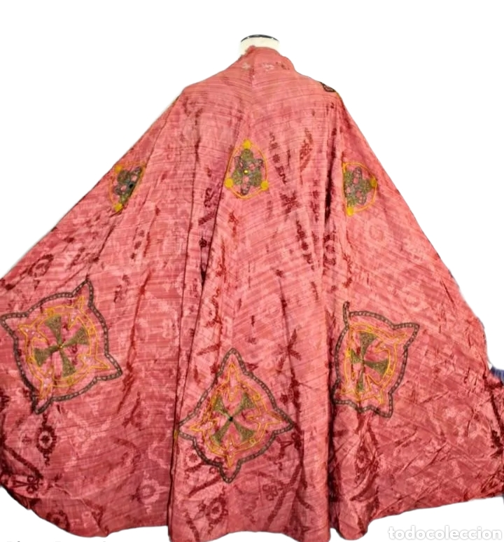 Antigüedades: T1 - Gran capa pluvial. Seda brocada con bordados, hilos de oro y pedrería. ca 1820 - Foto 13 - 227679225