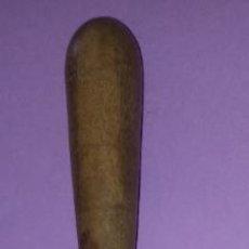 Antigüedades: ANTIGUO CUCHILLO MARCA CASTELL - MANGO DE MADERA 11 CMS - HOJA 16 CMS. Lote 257282475
