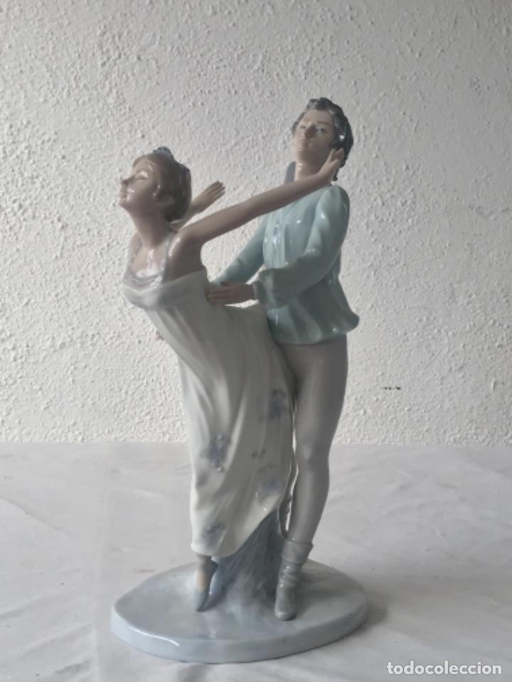 Antigüedades: Pareja de Bailarines Ballet - Porcelana Nao By Lladró, Daisa 1983 - Foto 2 - 257293555