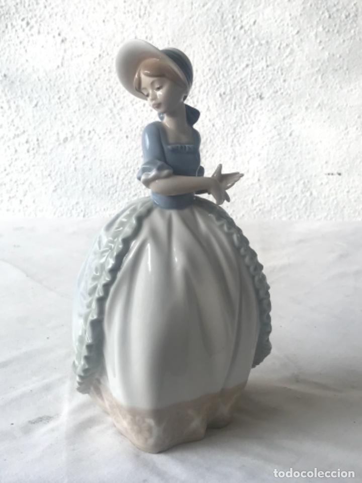 FIGURA DE PORCELANA NAO DE LA CASA LLADRO. 1985. (Antigüedades - Porcelanas y Cerámicas - Lladró)