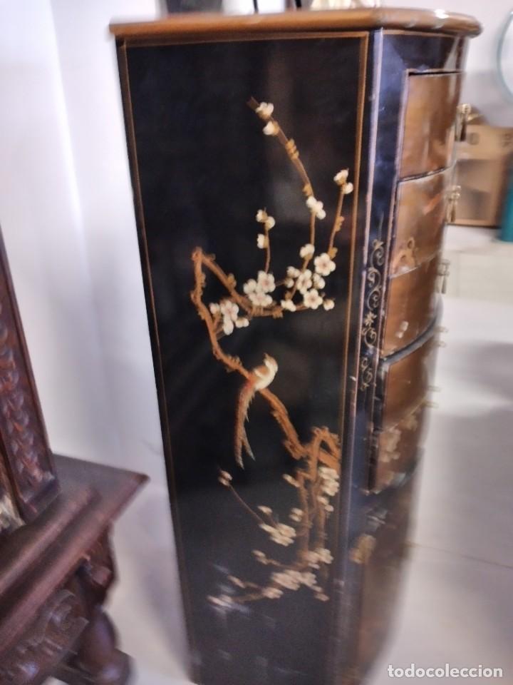 Antigüedades: Precioso gabinete chino, laca china pintado a mano, con cajones y 2 puertas. - Foto 8 - 257308350