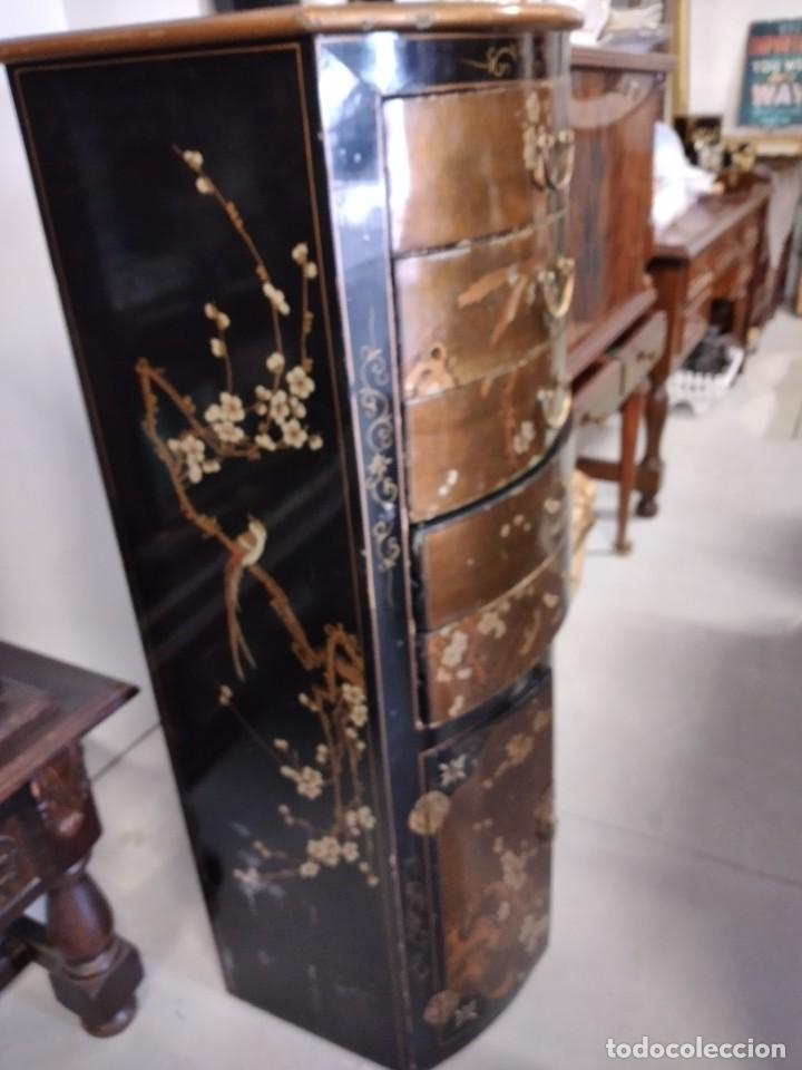 Antigüedades: Precioso gabinete chino, laca china pintado a mano, con cajones y 2 puertas. - Foto 9 - 257308350