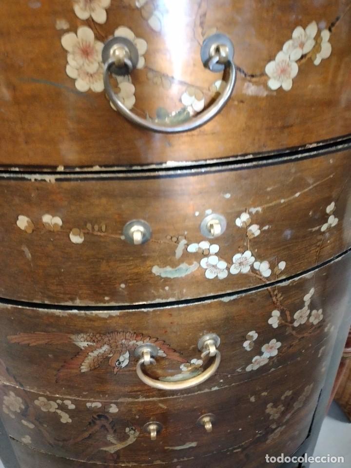 Antigüedades: Precioso gabinete chino, laca china pintado a mano, con cajones y 2 puertas. - Foto 16 - 257308350