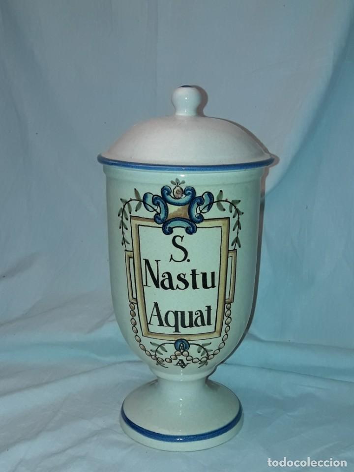 Antigüedades: Bello tarro albarelo con tapa cerámica Bañolas S. Nastu Aquat firmado en la base Almera - Foto 2 - 257328170