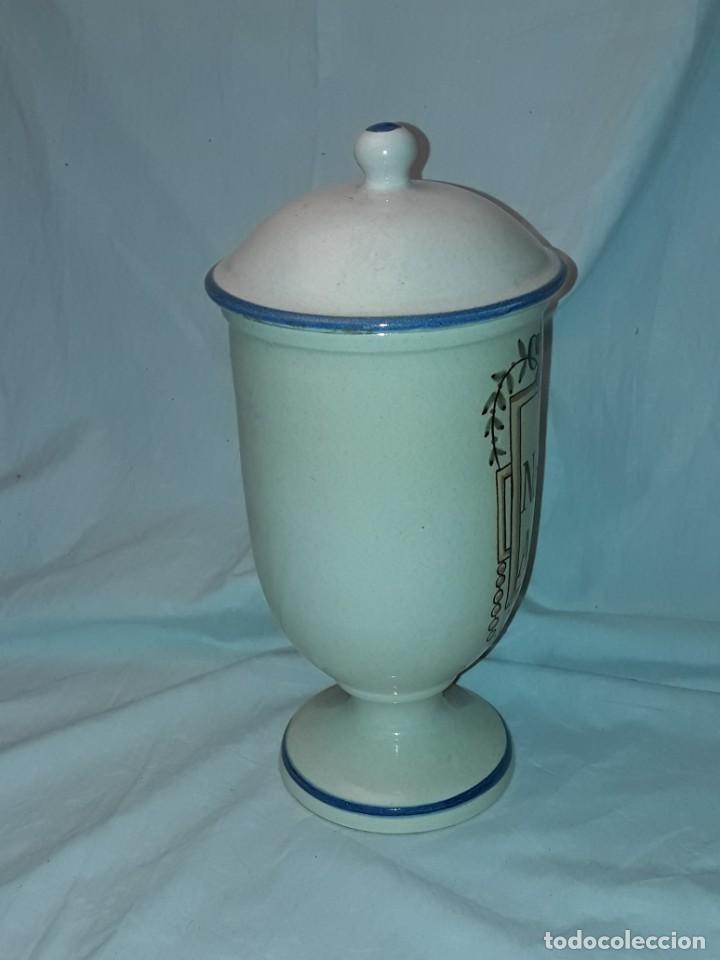 Antigüedades: Bello tarro albarelo con tapa cerámica Bañolas S. Nastu Aquat firmado en la base Almera - Foto 4 - 257328170