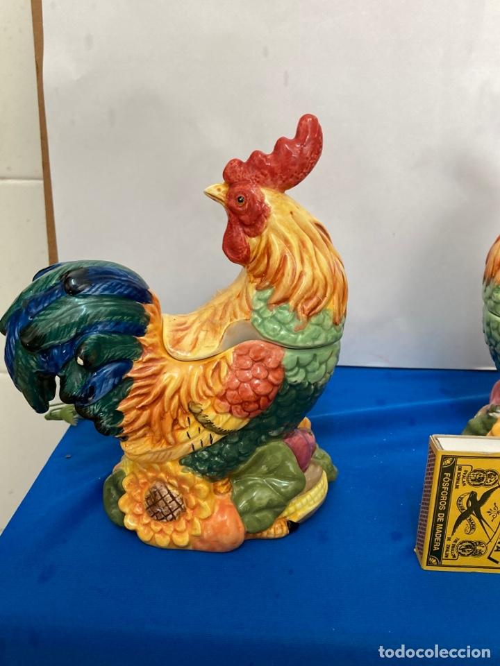 Antigüedades: Gallo de porcelana fina, para salsas o azucarero, años 70 - Foto 5 - 257332565