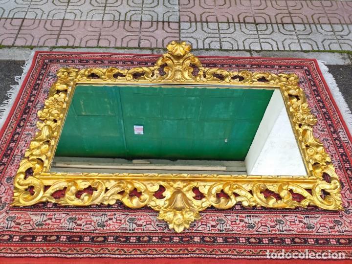 Antigüedades: Espejo antiguo pan de oro 160cm estilo barroco sXIX Gran espejo dorado madera tallada estilo Luis XV - Foto 14 - 257349065