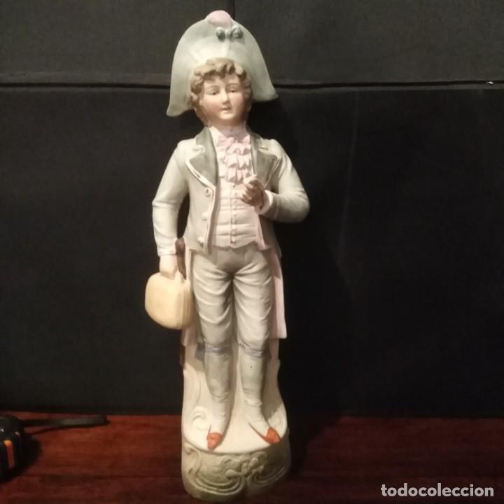 ANTIGUA FIGURA DE PORCELANA DE BISCUIT (Antigüedades - Porcelanas y Cerámicas - Otras)