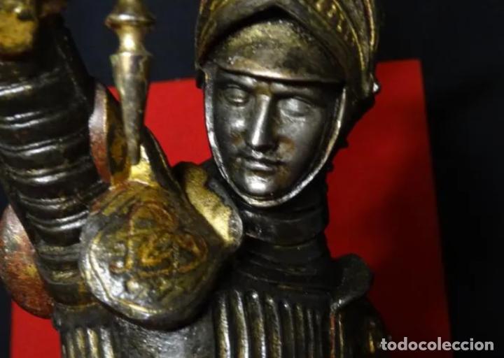 Antigüedades: 38 cmts.-Candelero figura caballero con armadura, policromia. S. XIX.Guerrero.escultura.candelabro - Foto 4 - 257440170