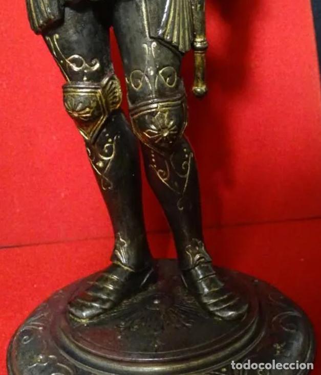 Antigüedades: 38 cmts.-Candelero figura caballero con armadura, policromia. S. XIX.Guerrero.escultura.candelabro - Foto 8 - 257440170