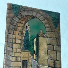 Antigüedades: BELLA PLACA ESMALTE VIDRIADO AL FUEGO SOBRE METAL FIRMADA GLORIA 83. Lote 257455320