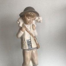 Antigüedades: FIGURA DE PORCELANA NAO DE LA CASA LLADRO.. Lote 257584055