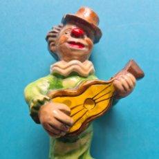 Antigüedades: MUSICO CALLEJERO DE CERAMICA - VER FOTOS. Lote 257604810