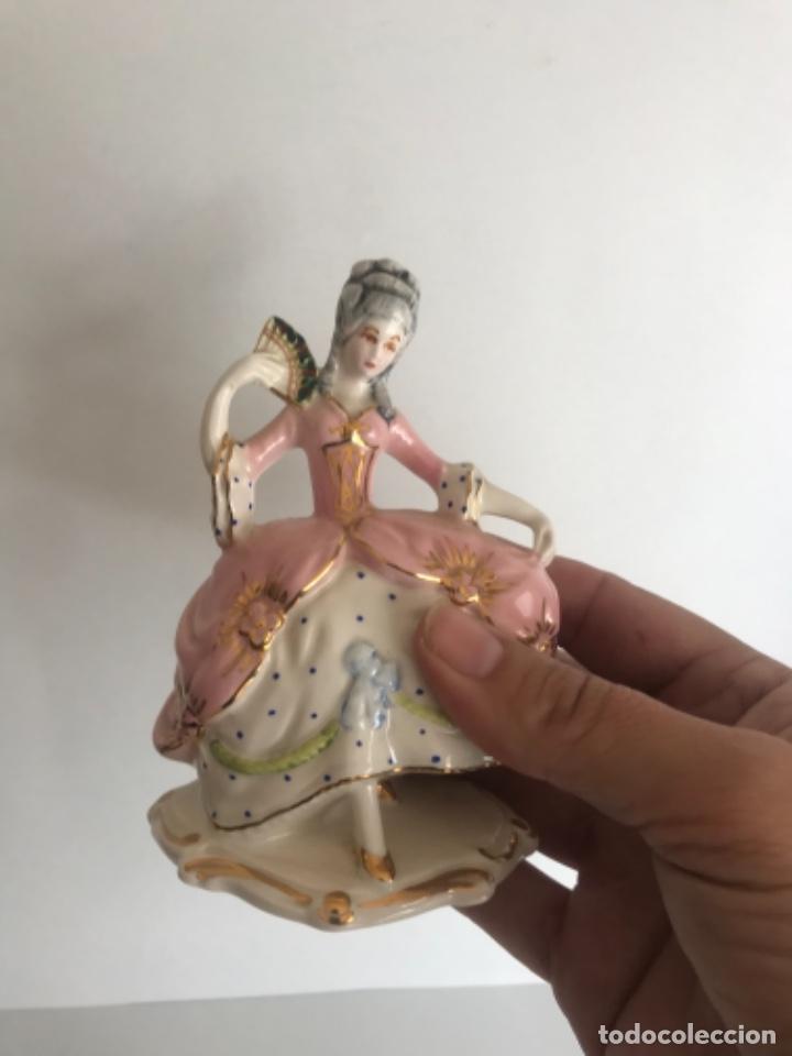 Antigüedades: FIGURA DE PORCELANA FINA MEDIADOS DEL S.XX. MUJER. - Foto 6 - 257609035