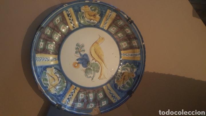 Antigüedades: PLATO DE MANISES S .XVIII SERIE PAJARO - Foto 2 - 257727430
