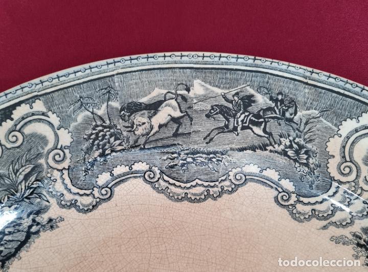 Antigüedades: DE COLECCION,INUSUAL FUENTE,BANDEJA LA CAZA DEL AVESTRUZ,CARTAGENA,(MURCIA),S.XIX - Foto 5 - 257734880