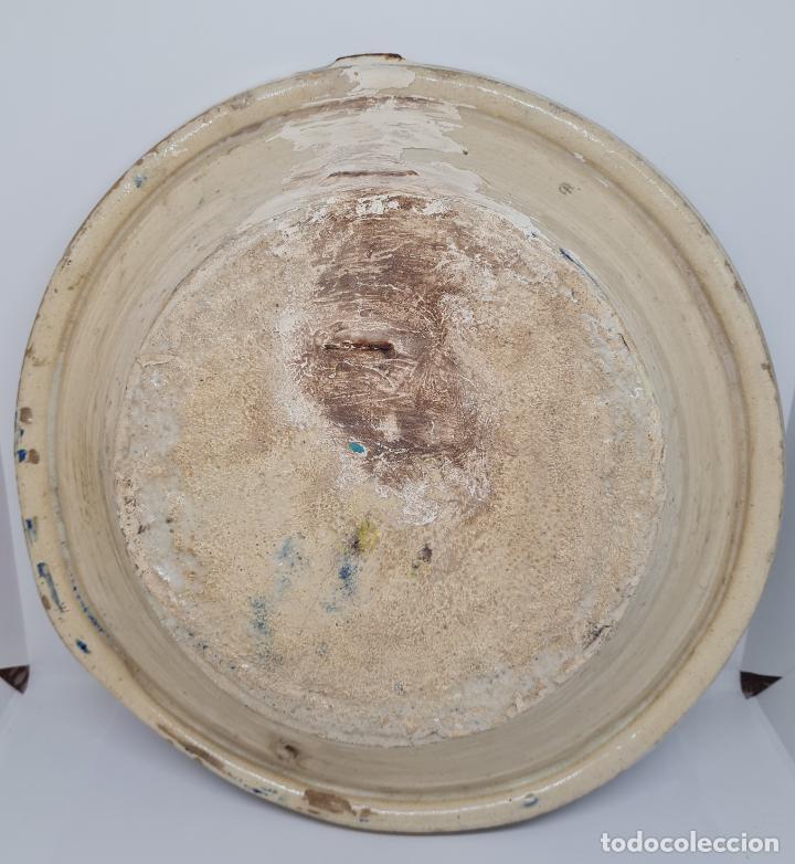 Antigüedades: DE COLECCION,MAGNIFICO LEBRILLO EN CERAMICA DE TRIANA,(SEVILLA),S. XIX - Foto 4 - 257735175