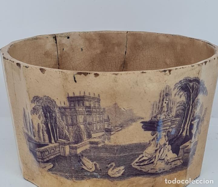 Antigüedades: MUY BONITA PIEZA EN MALVA DE LA FABRICA DE LA AMISTAD,CARTAGENA,(MURCIA),S. XIX - Foto 6 - 257736575