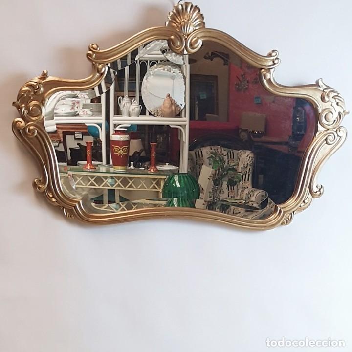 ESPEJO CON MARCO DORADO (Antigüedades - Muebles Antiguos - Espejos Antiguos)