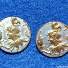 Antigüedades: PRECIOSOS ANTIGUOS BOTONES MODERNISTAS ART NOUVEAU EN METAL. Lote 257927640