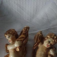 Antigüedades: DOS ÁNGELES PARA COLGAR, 23 CM. Lote 258083990