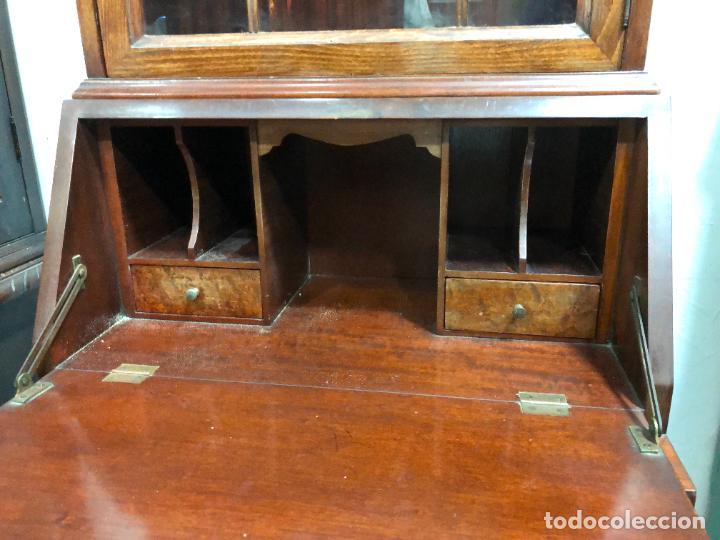 Antigüedades: PRECIOSO MUEBLE VITRINA BURO DE MEDIADOS DEL SIGLO XX - MEDIDA TOTAL 193X42X60 CM - Foto 16 - 258143990