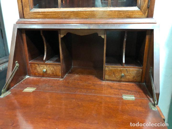 Antigüedades: PRECIOSO MUEBLE VITRINA BURO DE MEDIADOS DEL SIGLO XX - MEDIDA TOTAL 193X42X60 CM - Foto 17 - 258143990