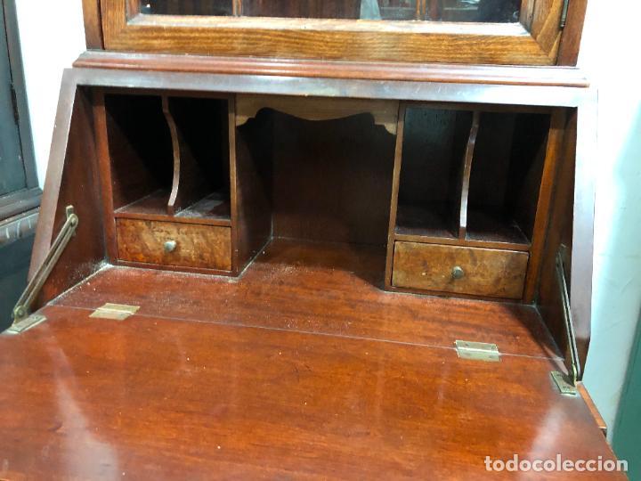 Antigüedades: PRECIOSO MUEBLE VITRINA BURO DE MEDIADOS DEL SIGLO XX - MEDIDA TOTAL 193X42X60 CM - Foto 18 - 258143990