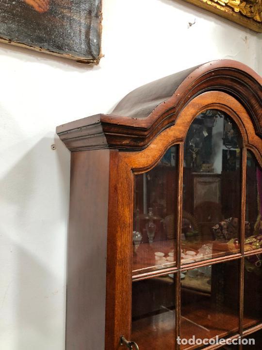 Antigüedades: PRECIOSO MUEBLE VITRINA BURO DE MEDIADOS DEL SIGLO XX - MEDIDA TOTAL 193X42X60 CM - Foto 22 - 258143990