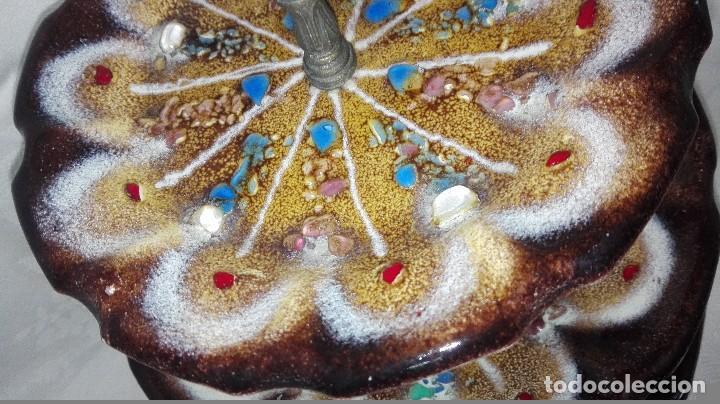 Antigüedades: ESPECTACULAR FRUTERO DE TRES PISOS CON PLATOS DE METAL ESMALTADOS - Foto 5 - 258226995