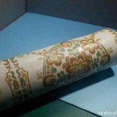Antigüedades: ANTIGUO ROLLO DE PAPEL PINTADO AÑOS 70´S - 53 CM DE ANCHO -. Lote 258238775