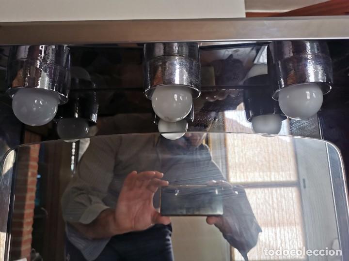 Antigüedades: Mueble de baño metálico marca metalkris. Años 70.practicamente nuevo - Foto 9 - 258548560