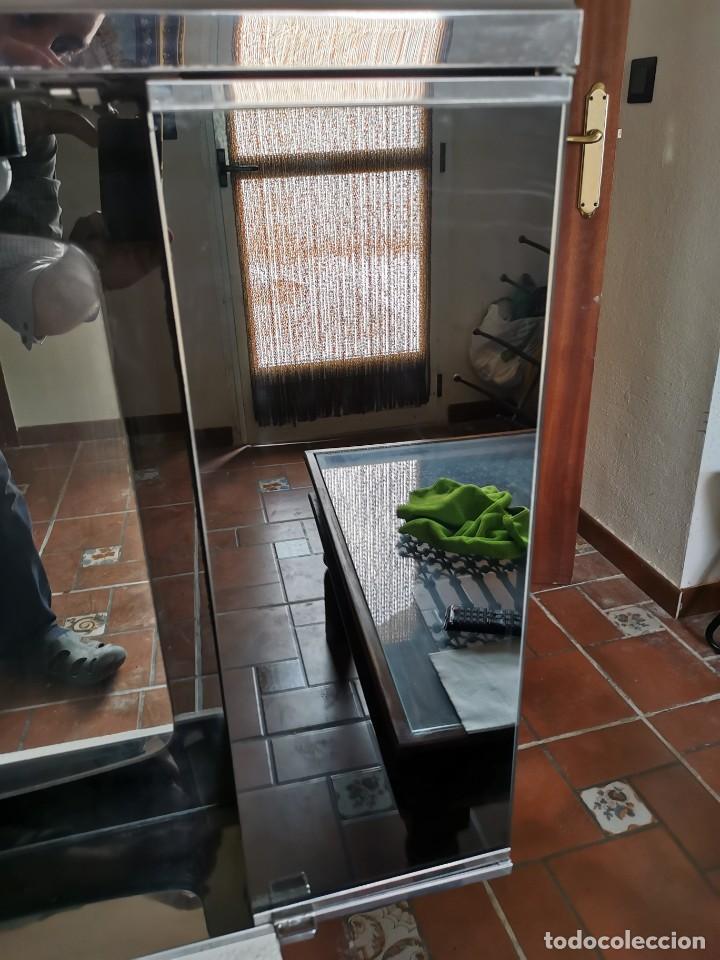 Antigüedades: Mueble de baño metálico marca metalkris. Años 70.practicamente nuevo - Foto 10 - 258548560
