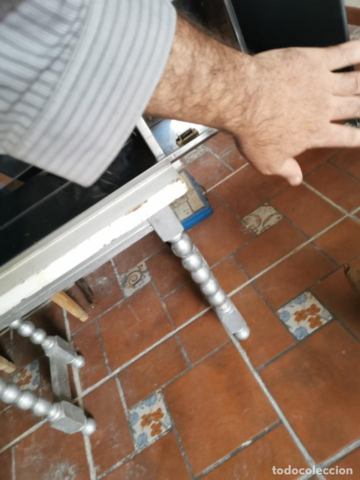 Antigüedades: Mueble de baño metálico marca metalkris. Años 70.practicamente nuevo - Foto 11 - 258548560