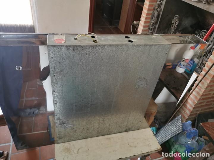 Antigüedades: Mueble de baño metálico marca metalkris. Años 70.practicamente nuevo - Foto 18 - 258548560