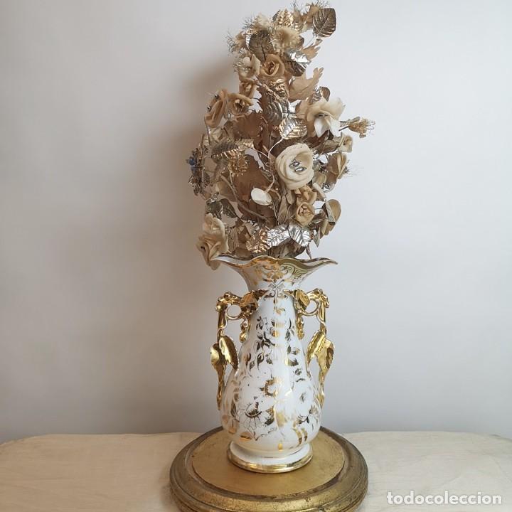 FLORERO ISABELINO ANTIGUO (Antigüedades - Hogar y Decoración - Floreros Antiguos)
