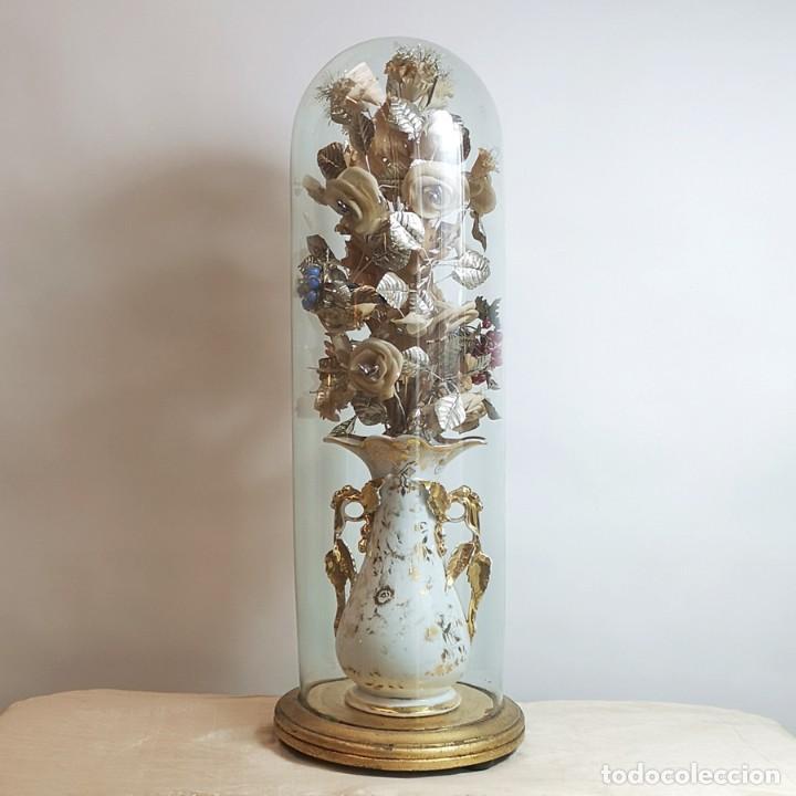 FLORERO ISABELINO ANTIGUO CON FANAL (Antigüedades - Hogar y Decoración - Floreros Antiguos)