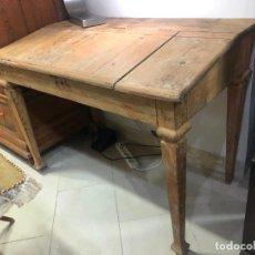 Antigüedades: ANTIGUO MESA BURO ESCRITORIO DE BODEGA EN PINO - MEDIDA 112X85X65. Lote 258780285