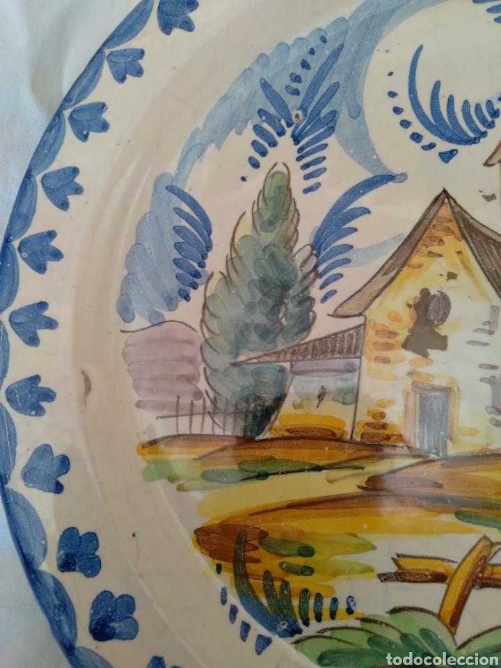 Antigüedades: Plato de colgar cerámica esmaltada - Foto 3 - 258931430