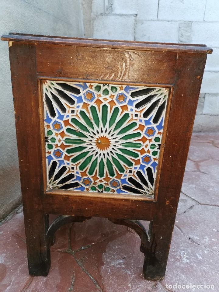 Antigüedades: Mueble macetero de madera y azulejos viuda de J. Mensaque.Sevilla.( 1916-1922) - Foto 3 - 259018620