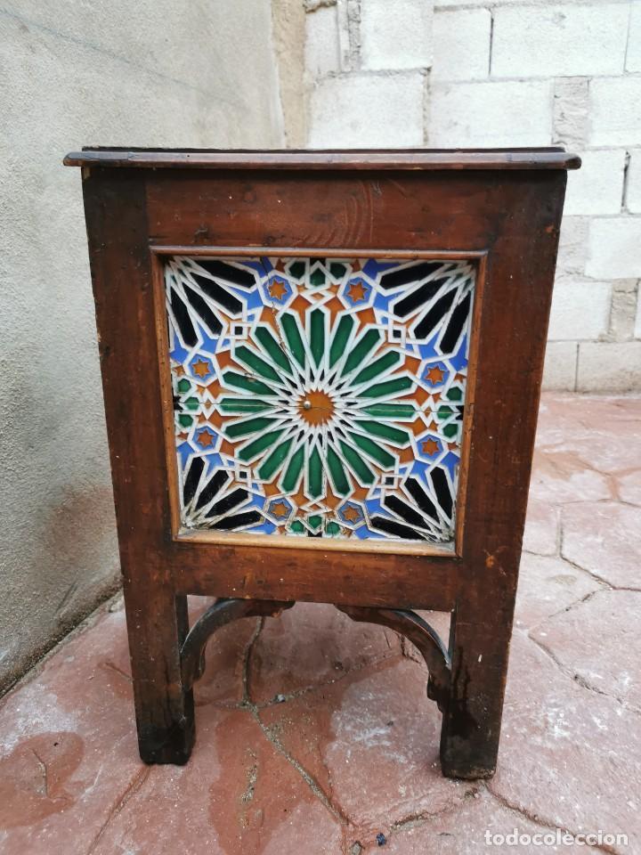 Antigüedades: Mueble macetero de madera y azulejos viuda de J. Mensaque.Sevilla.( 1916-1922) - Foto 4 - 259018620