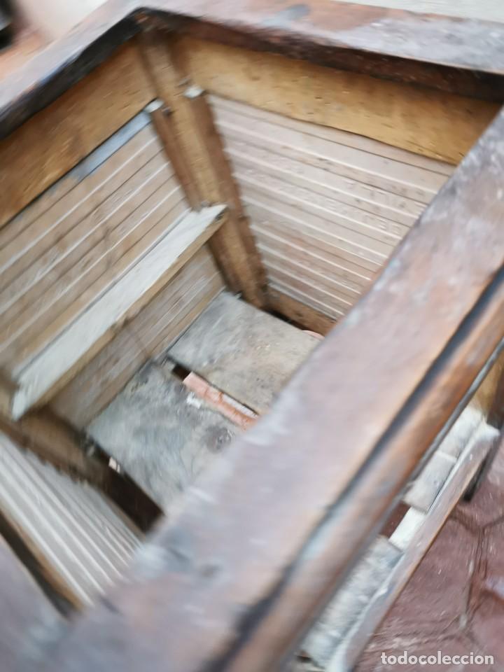 Antigüedades: Mueble macetero de madera y azulejos viuda de J. Mensaque.Sevilla.( 1916-1922) - Foto 9 - 259018620