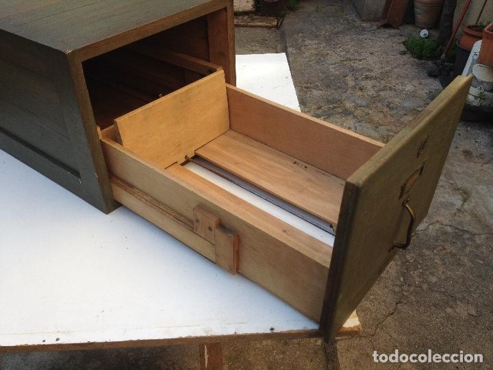 Antigüedades: Antiguo archivador de madera de TERMENS BADAL de Barcelona. Años 30 - Foto 6 - 259037200