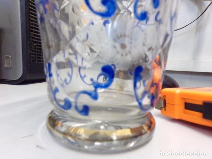 Antigüedades: antiguo jarron centro de mesa cristal tallado pintado decorado a mano tipo cirera - Foto 6 - 259239045