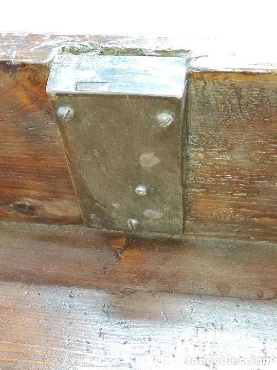 Antigüedades: Antigua Cómoda - Diferentes Maderas - Finísima Marquetería - Tiradores de Bronce - S. XIX - Foto 16 - 259271305