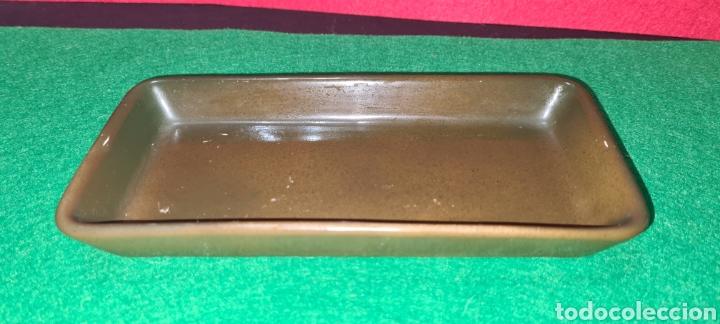 Antigüedades: Bandeja de escritorio con firma en su base. - Foto 3 - 259862195