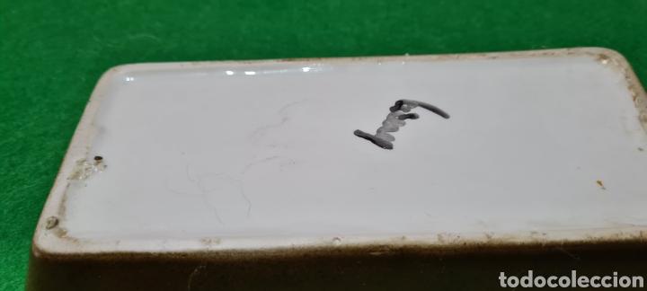 Antigüedades: Bandeja de escritorio con firma en su base. - Foto 6 - 259862195