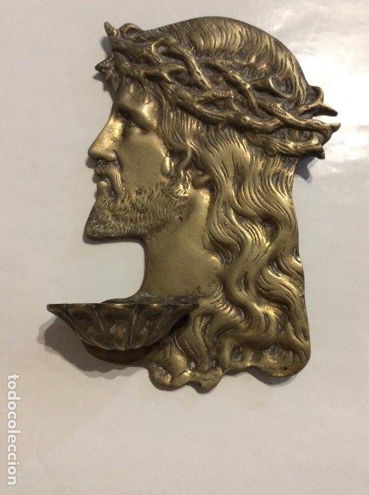 ANTIGUA BENDITERA BRONCE ROSTRO JESUCRISTO (Antigüedades - Religiosas - Benditeras)