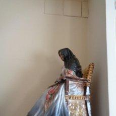 Antigüedades: ANTONIO PEYRO MEZQUITA.MUJER CASTELLANA SENTADA CON ROSARIO. Lote 260001870