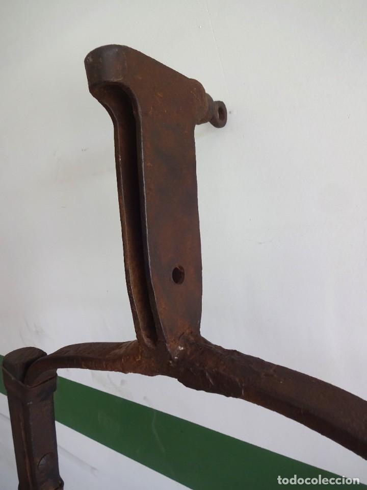 Antigüedades: barras de tiro o tirente de madera de burro para la arada 1,6 metros x 68 cm ganaderia - Foto 8 - 38159933